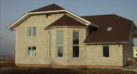 Как построить дом из бетонных блоков своими руками