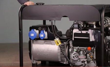 Выбор генератора для коттеджа: бензиновый или дизельный?