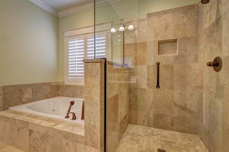 Нюансы оформления ванной комнаты керамической плиткой