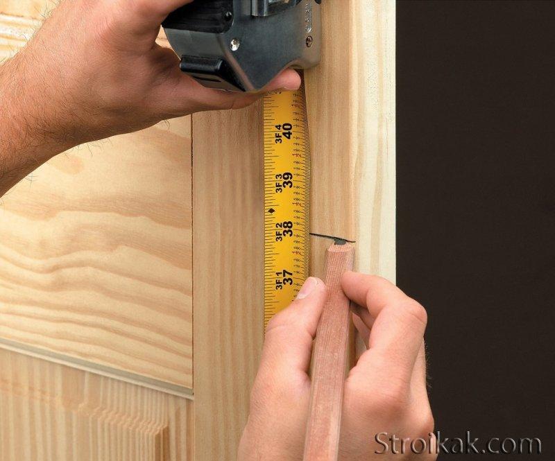 Как повесить дверь на петли