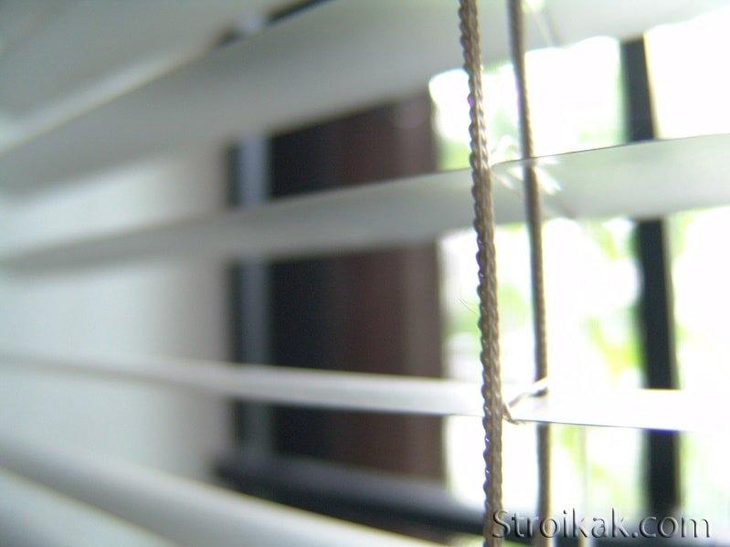 Жалюзи алюминиевые горизонтальные: преимущества венецианских жалюзи.