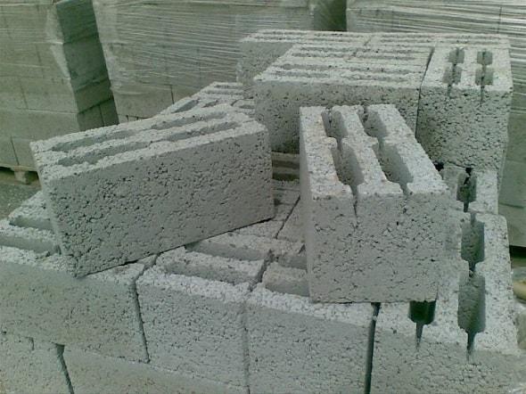 Хранение бетонных блоков