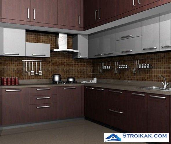 Навесные шкафы на кухне с большим количеством полок