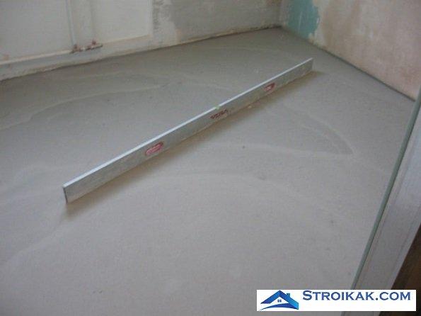 Выравнивание бетонного пола в квартире