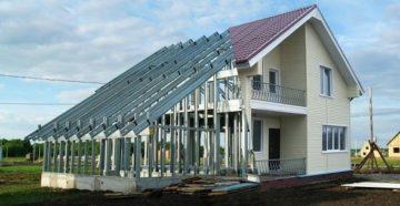 Строительство частного дома из ЛСТК: преимущества, применение легких стальных тонкостенных конструкций