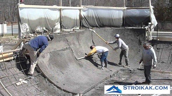 Постройка скейт парка из бетона