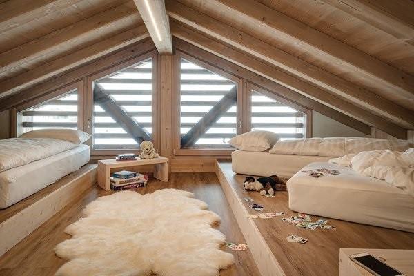 Мансарда в деревянном доме